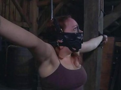 Nude and gagged babe acquires wild cunt gratifying