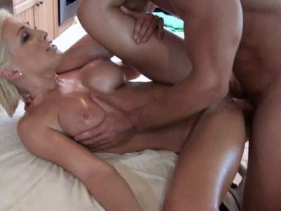 Busty blonde Lexi Swallow has oily massage