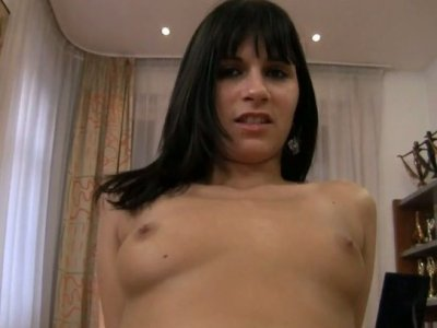 Naomi A involves her plauful tongue to satisfy her fuck buddy