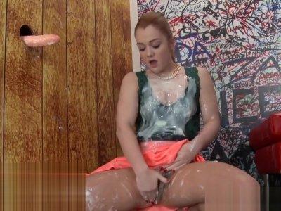 Glam wam whore rubbing