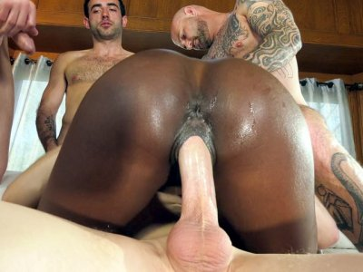 Ebony Ana Foxxx fucks and sucks the stiff white dicks