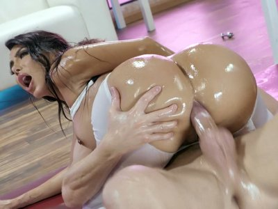 Lela Star rides the hard rod with her big oiled ass