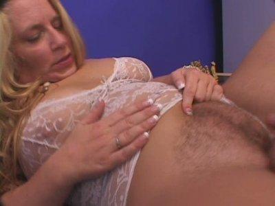 Dirty slut in white lingerie Melenka getting her greasy pussy licked