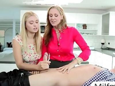 Stepmom Julia Ann teaches teen some sex techniques