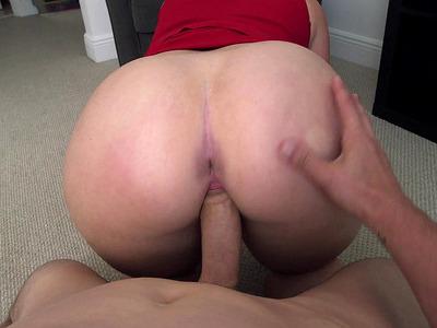 Big booty bitch Virgo Peridot took his shaft balls deep while in POV