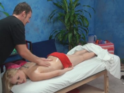 Alyssa seduced and fucked by her massage therapist on hidden camera