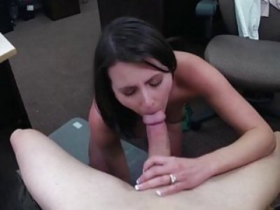 Sexy little dilettante is fucking