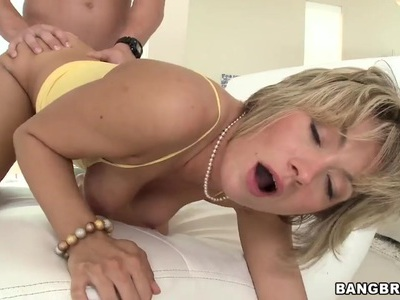 Blonde appetizing milf Holly Marie Bryn gets massive young dick