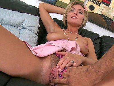 Blonde babe Holly Marie Bryn